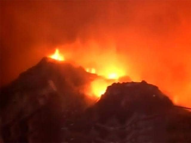 About 250 shanties were destroyed by a massive fire in Mangolpuri.(DD News screen grab)