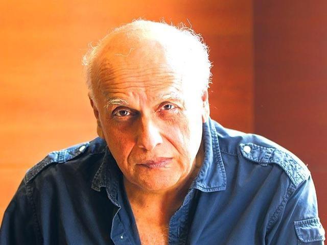 Filmmaker Mahesh Bhatt supports writers returning their awards to protest Sahitya Akademi's failure to speak out about MM Kalburgi's murder.