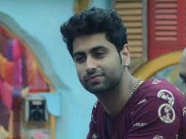 Ankit Gera meets Salman Khan after being evicted from Bigg Boss 9 house.