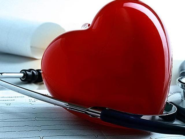 In men, the heart muscle that encircles the main chamber, the left ventricle, grows bigger and thicker with age, while in women, it retains its size or gets somewhat smaller.