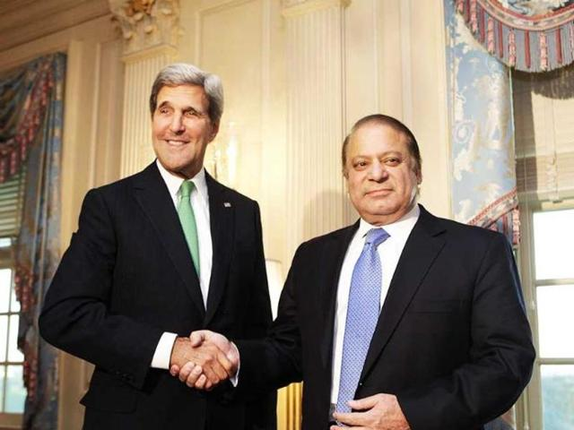 Pakistan's foreign office has clarified that the US and Islamabad would not discuss any nuclear deal during Prime Minister Nawaz Sharif's visit. The clarification came ahead of Prime Minister Sharif's(L) visit to the US at the invitation of US President Barack Obama(R).