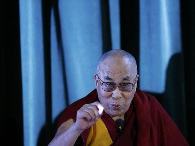 Tibetan spiritual leader,the Dalai Lama, gave a clarion call to protect the environment of the Tibetan plateau, in a message to world leaders on Tuesday.