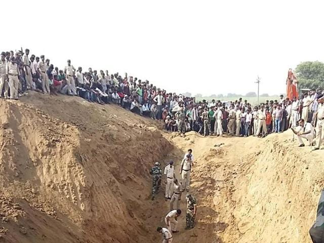 A 3-year-old boy, stuck in a borewell in Morena district for last two days, was found dead by rescuers early Tuesday.