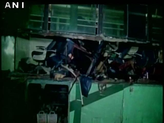 At least 9 people died after a bus rammed into a lorry in Tamil Nadu.