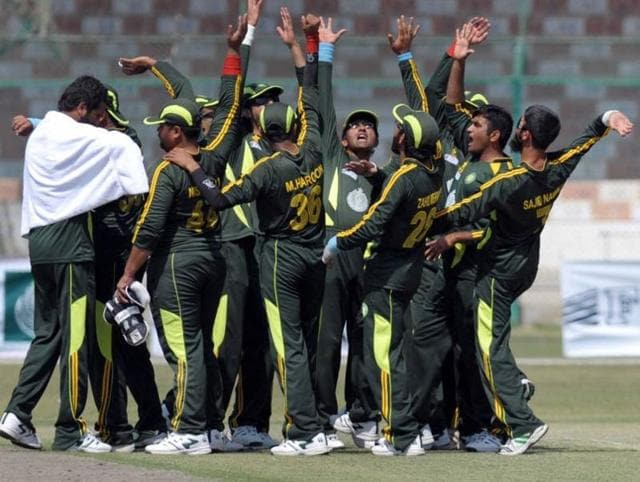 Pakistan's cricket team for the Asia cup for blind cricketers has withdrawn from next year's event, due to fears over the security of their players.