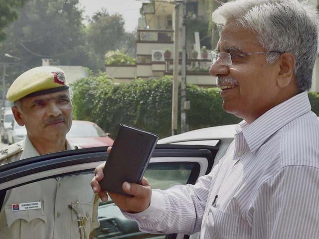 Arvind Kejriwal,BS Bassi,Delhi Police