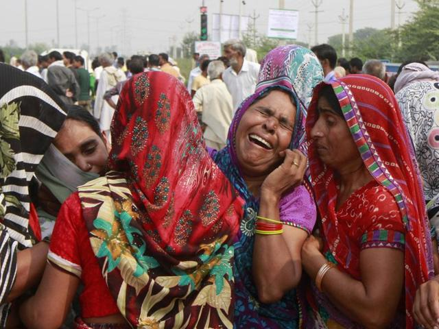 Viilagers of Sunpedh village where two kids of a Dalit family were allegedly burnt alive by upper-caste Rajputs, blocked the Faridabad-Ballabhgarh highway. The area where the attack happened has a history of tensions between upper castes and Dalits.