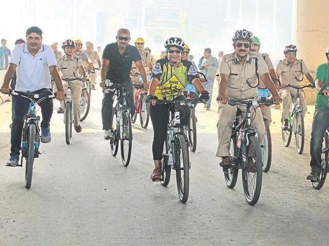 Joint commissioner of police Saurabh Singh cycles with his staff to create awareness about non-motorised transport.