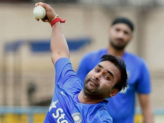Amit Mishra in action during the first ODI against South Africa at Green Park Stadium in Kanpur on October 11, 2015.