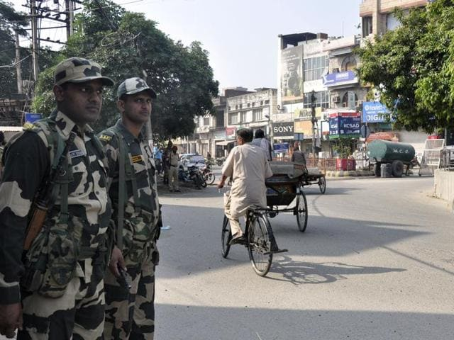 BSF troops delployed in Jalandhar to maintain law and order.
