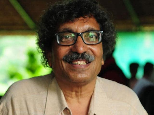 DMAT whistleblower,Paras Sakhlecha,contempt petition against MP High court chief justice