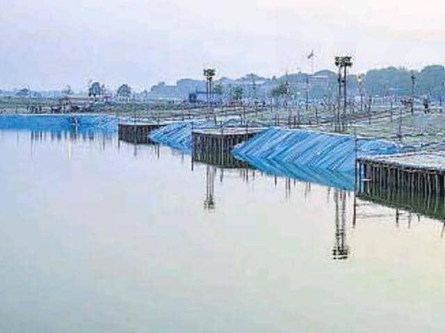 Uttar Pradesh,Lucknow,idol immersion