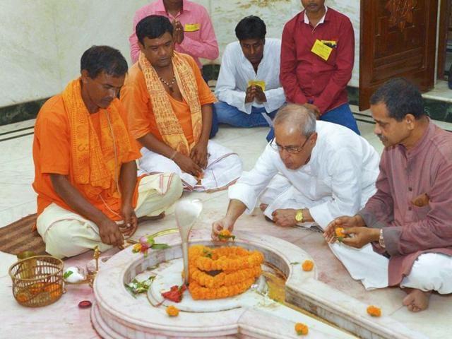 Pranab Mukherjee,Durga Puja,secularism