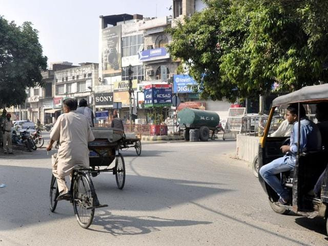 Punjab violence,Sikh activists,Desecration