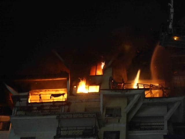 Navi Mumbai,Fire,Residential building