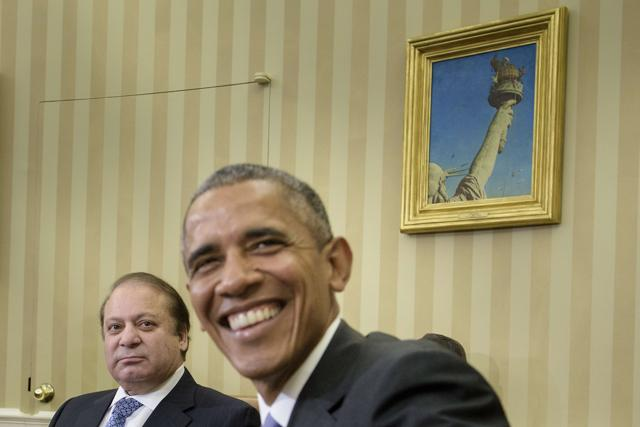 President Barack Obama meets with Pakistani Prime Minister Nawaz Sharif in the Oval Office of the White House in Washington, Thursday, Oct. 22, 2015.