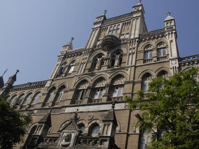 Five months after BMC marked Fort's Elphinstone College a police facility , the institution got back its original tag.