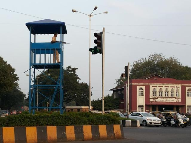 A watchtower set up near Metro Cinema, Dhobi Talao. Policemen will be gradually provided with binoculars, bulletproof vests and public address systems to handle various types of contingencies.