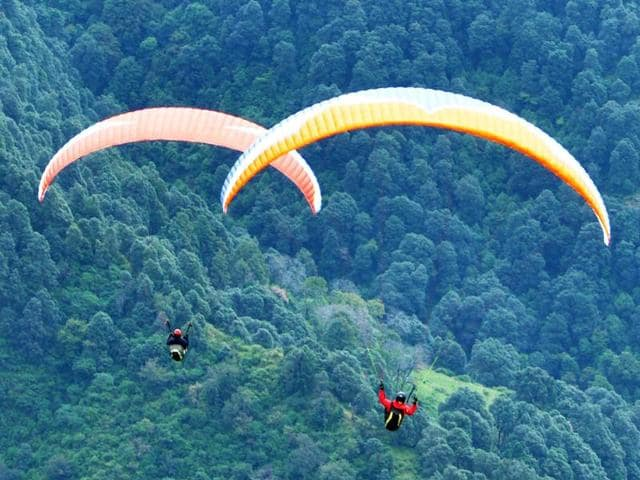 130 pilots representing more than 35 countries are taking part in the AAI Paragliding World Cup.