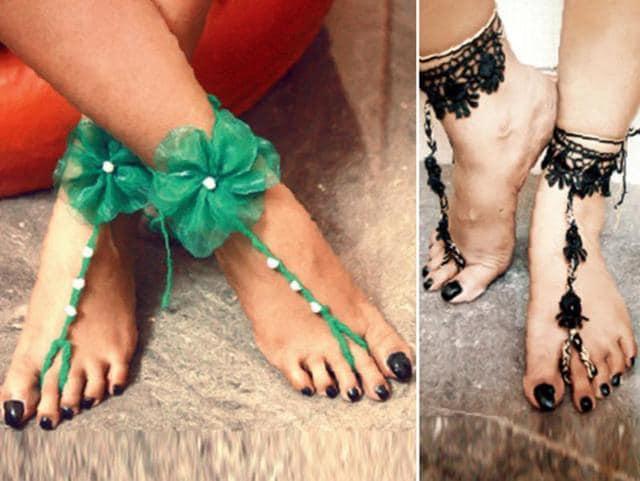 accessories,heels,footwear