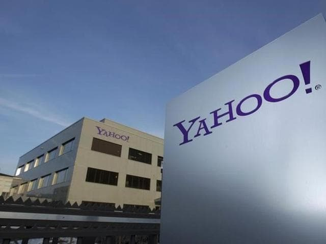 Yahoo's quarterly profit tumbled to $76 million from $6.8 billion a year ago, when it had a one-time gain linked to sale of shares in China's Alibaba.