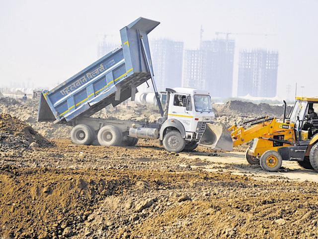 Currently, work on a sizable number of roads planned in sectors 58 to 115 along the Northern (above) and Southern Peripheral Roads and Sohna township is stalled.
