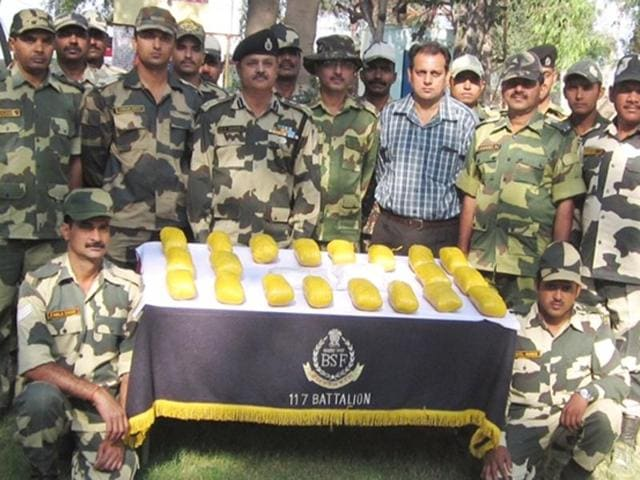 Border Security Force,Abohar,paddy crops