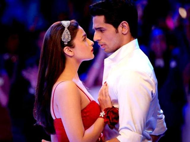 Alia, Sidharth in Student Of The Year.