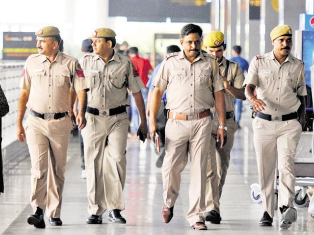 """The Delhi Police have opposed a PIL in the high court that sought to replace """"archaic and difficult"""" Urdu and Persian words with Hindi and English phrases in FIRs and daily documentation.(Sonu Mehta/ HT Photo)"""