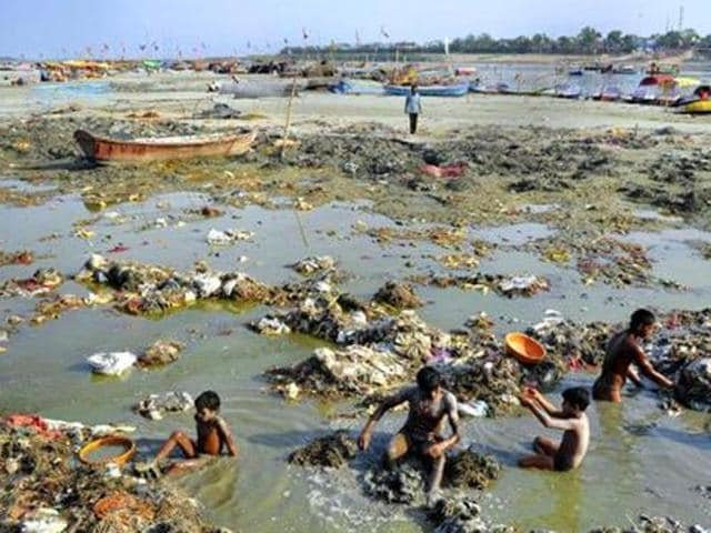 The Ganga takes in more than 2,000 million litres of discharge a day from factories, apart from the human waste, which accounts for about 80% of the pollutants.
