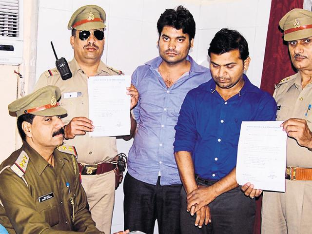 Police said that the duo was arrested while trying to get Rs 30 lakh from a Bulandshahr resident for a medical seat.