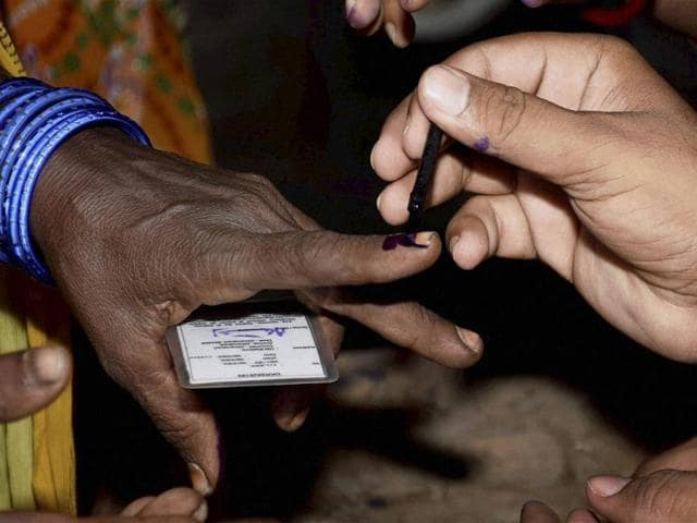 Bihar Polling,Voting in Bihar,#JeetegaNitishJhumegaDesh