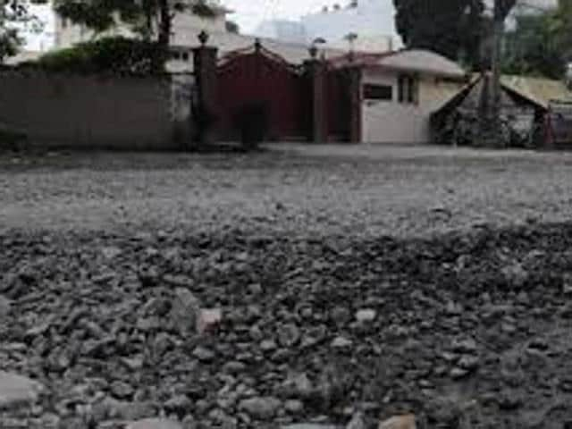 In 2012, roads were constructed in Pathankot with a fund of Rs 10 crore. However, those were dilapidated soon after its making. The local residents did make a hue and cry about it, but in vain.