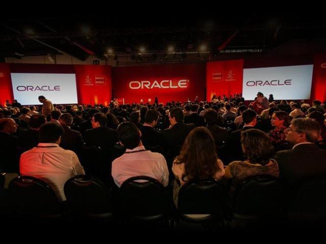 Oracle,Mark Hurd,India