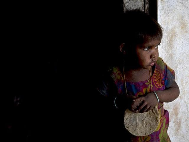 On paper an estimated 32 lakh students between class 1 and 8 are served the mid-day meal daily in Jharkhand where a Unicef study in 2013-14 had found 47% children under five years to be stunted and 42% underweight.