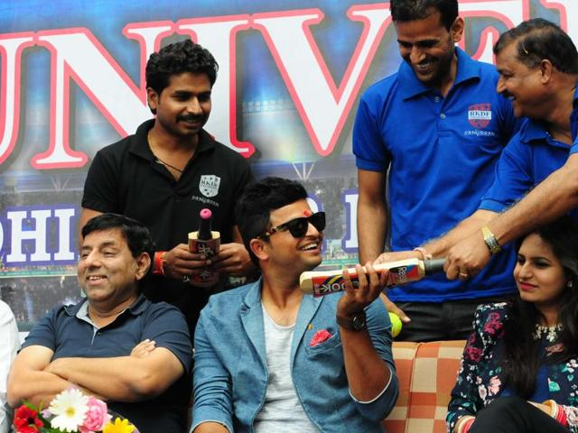 Suresh Raina sings during the sports carnival of a private university in Bhopal on Monday.