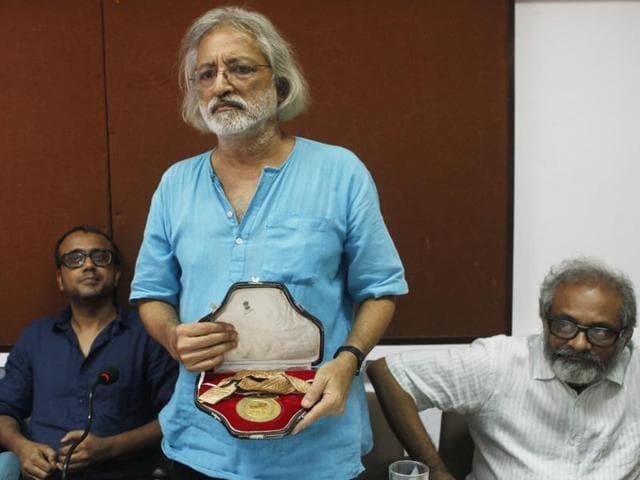 Filmmakers return National Awards,FTII row,Dibakar Banerjee