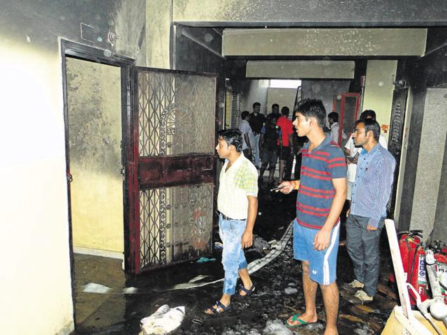 The fire broke out at Amrapali Village apartments in Nyay Khand 2 around 4pm on Monday. A garment workshop was being run illegally on the 10th floor of the building.
