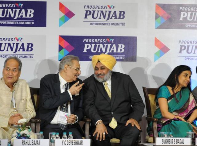Leading industrialists with Sukhbir Singh Badal at the  Progressive Punjab Investors Summit 2015 in Mohali