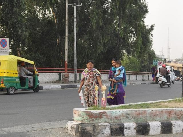 Though the municipal corporation (MC) is taking suggestions from the residents to make city smart, it has failed to pay attention towards such problems being faced by the pedestrians in routine.