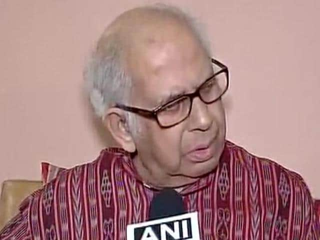 Eminent scientist PM Bhargava,Padma Bhushan award,Growing intolerance of Narendra Modi government