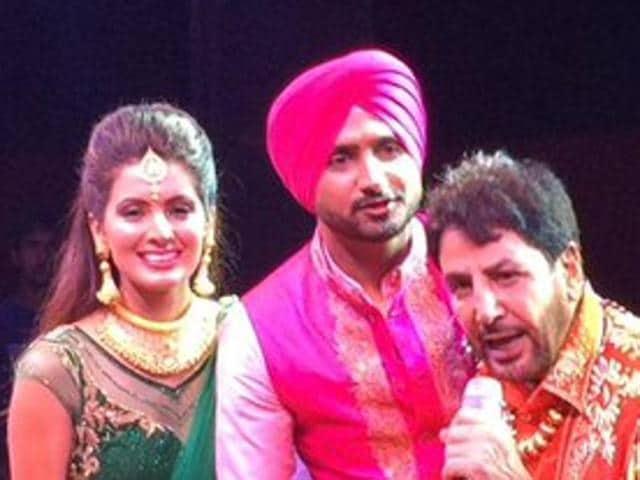 Harbhajan Singh's wedding: Aamir, Sachin, Kohli on the guest list