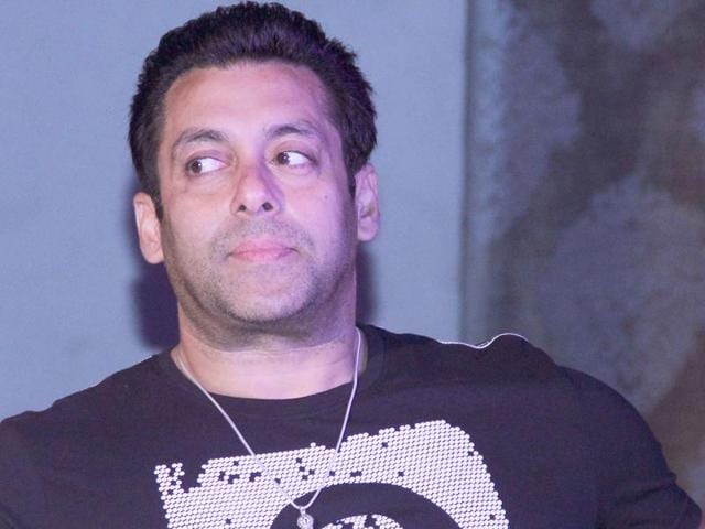In 2002, actor Salman Khan's car crashed into a bakery in Bandra, killing one and injuring four others who were sleeping on a pavement.