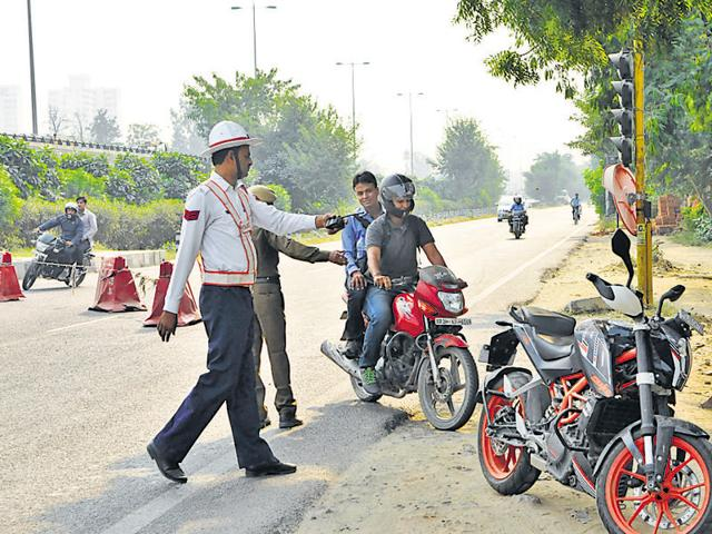 350 traffic officers and 14,000 personnel from all police stations in Gurgaon were on special duty during the drive.