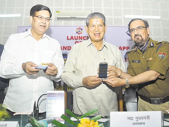 The app launched by chief minister Harish Rawat (in the middle) at Garhwal in Dehradun on Saturday.