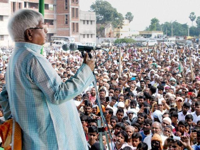 Lalu Prasad addressing an election rally at Chiraiya in East Champaran district of Bihar.