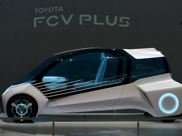 Toyota Motor Corp's hydrogen fuel-cell concept car Toyota FCV PLUS is displayed at the 44th Tokyo Motor Show in Tokyo.