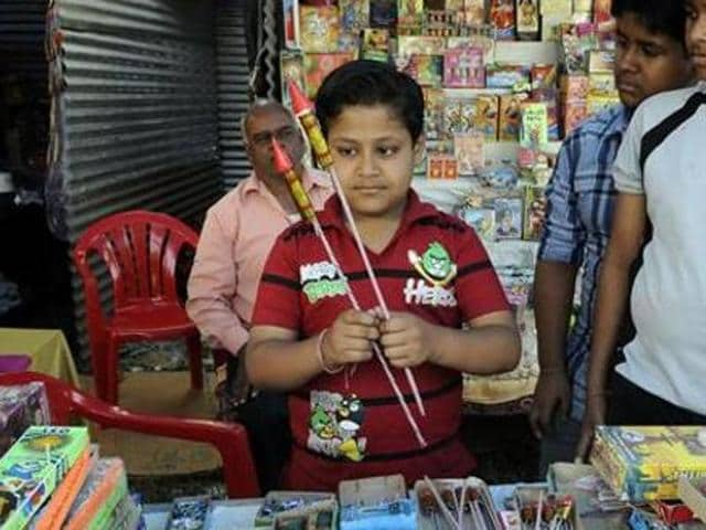 Ensuring safety of the people, the administration issued orders that without license, shopkeepers could not store or sell the fireworks.