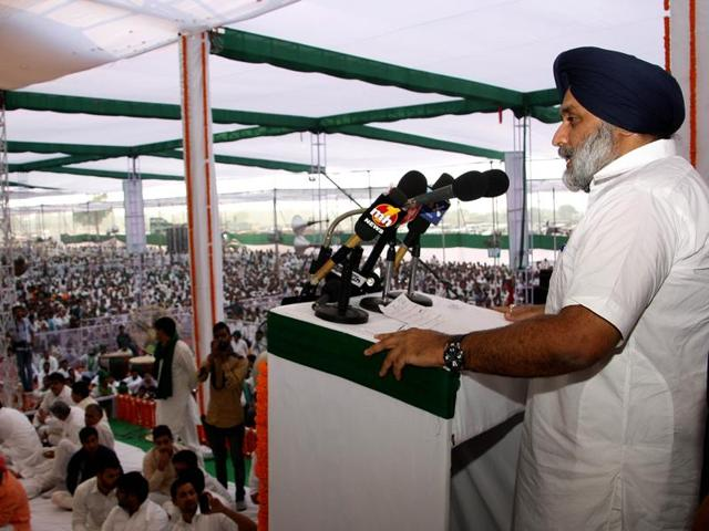 Though his taunt was mainly directed at the decade-long Congress rule in Haryana, in his statement he also included the one-year tenure of the ML Khattar government of the BJP, an ally of his Shiromani Akali Dal (SAD) in Punjab.