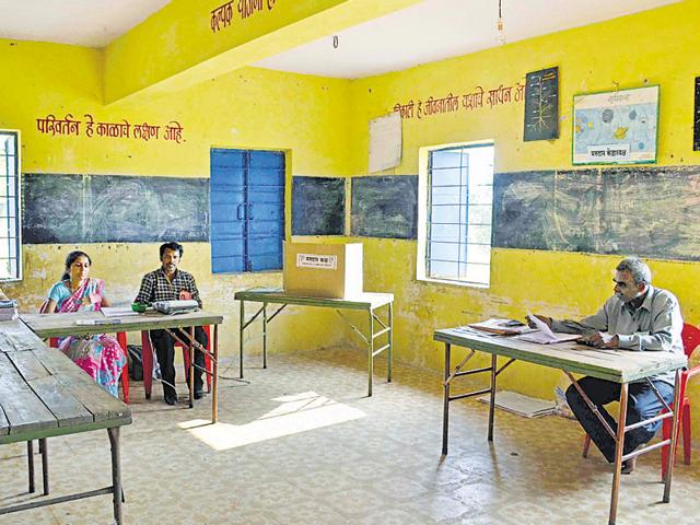 KDMC polls,Devendra Fadnavis,Uddhav Thackeray